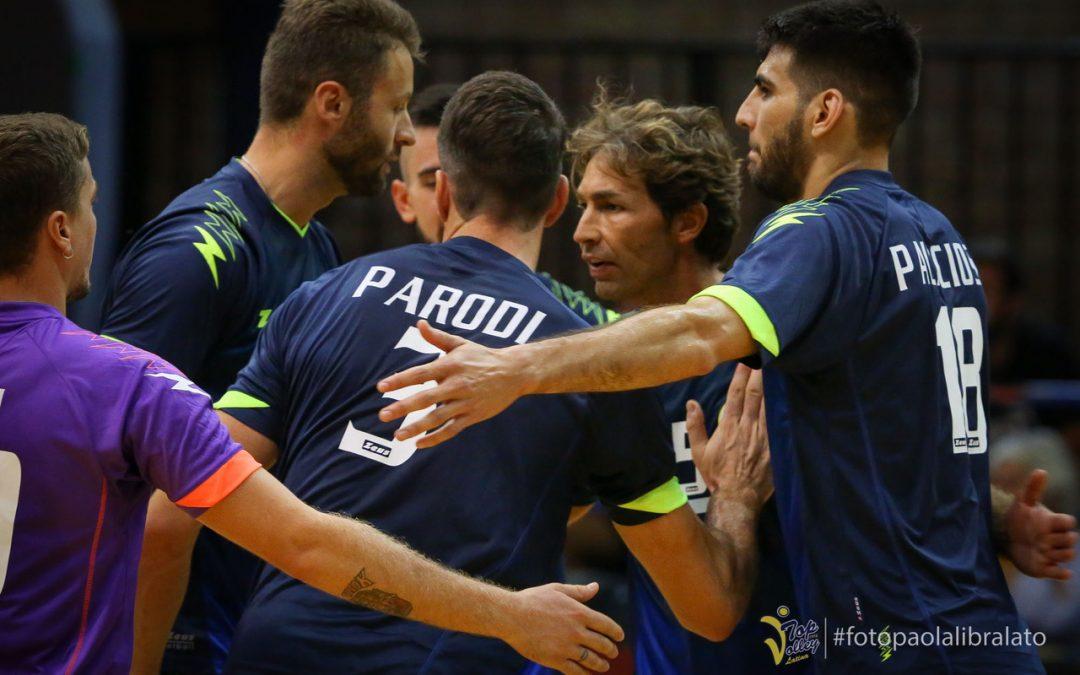 La Top Volley Latina domani sera (20.30) sfida l'Emma Villas Siena al torneo Spirito di Squadra di Gubbio