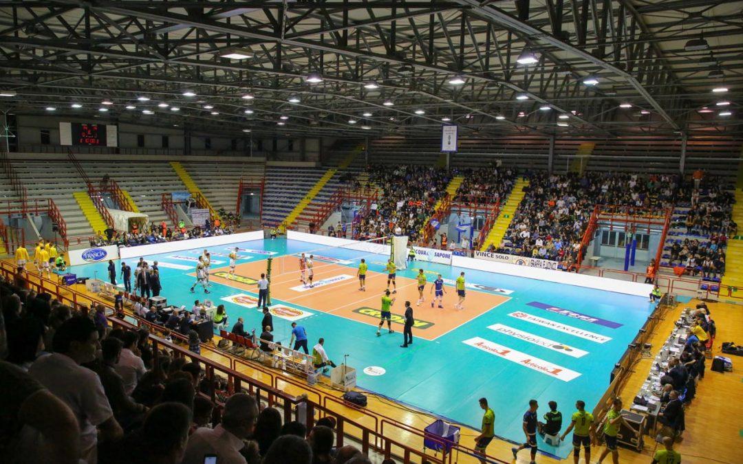 Comunicato stampa, dopo due vittorie di fila (a Napoli) la Top Volley Latina resiste solo per un set a Modena, poi subisce una sconfitta netta