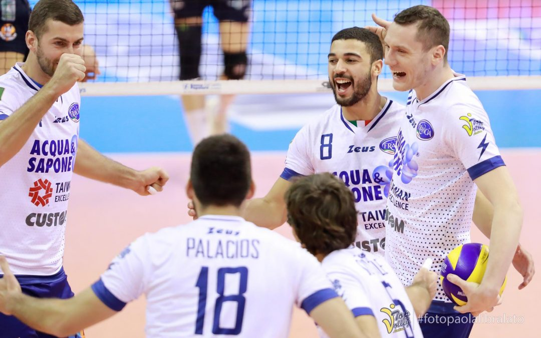 La Top Volley riceve il Ravenna: domani alle 18 sfida cruciale al palazzetto dello sport di viale delle Province a Cisterna di Latina
