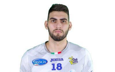#18 Ezequiel Palacios