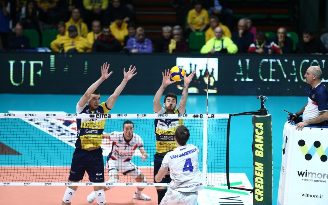 La Top Volley si ferma a Modena: primo k.o. stagionale in tre set per la banda di Tubertini
