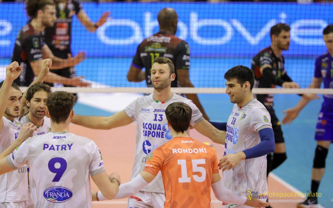"""La Top Volley Cisterna vince il primo set poi cede alla Lube. Tubertini: """"Avvio di partita di altissimo livello, dobbiamo gestire meglio quello che facciamo durante il match""""."""