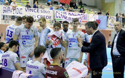 Il ruggito della Top Volley con Padova e Sora. Tubertini: «Campionato durissimo ma i giocatori hanno dimostrato di voler restare in questa categoria»