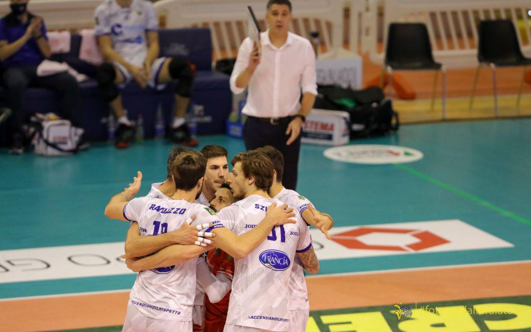 Sabato in Trentino per la Top Volley Cisterna (alle 17:00). Grande: «Sfidiamo una squadra attrezzata per il titolo, sarà complicato per noi ma vogliamo provare a dare una scossa»