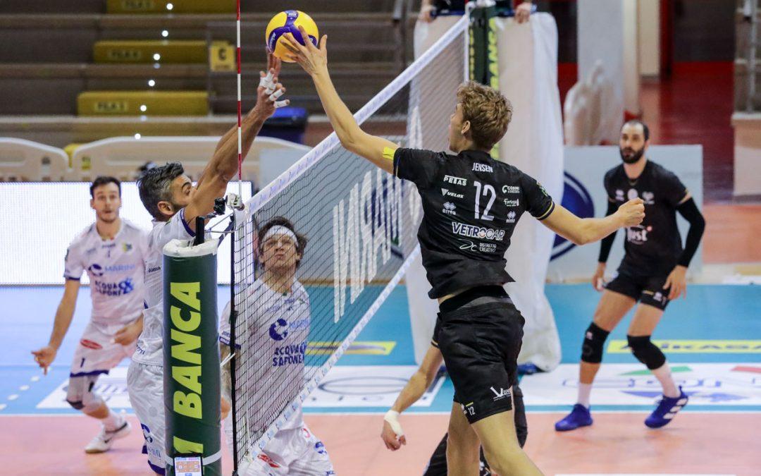 La Top Volley Cisterna cede in tre set a Verona. Kovac: «Commettiamo troppi errori, la delusione è tantissima ma anche l'arrabbiatura»