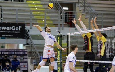 Dopo il successo con Vibo la Top Volley Cisterna si prepara alla trasferta di Modena. Cavuto: «La voglia di tornare a vincere è stata costante per noi»
