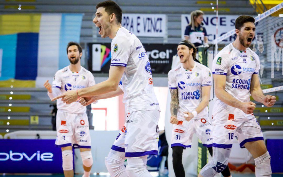 Play-off 5°posto, la Top Volley Cisterna parte bene e supera Vibo in tre set. Tillie: «Non c'è mai niente di facile in questo campionato»