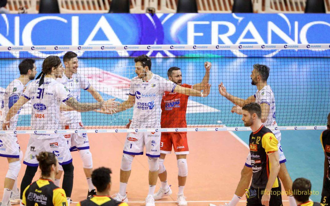 La Top Volley Cisterna combatte per cinque set nel test match con Vibo. Kovac: «Mi ritengo soddisfatto da questo allenamento»