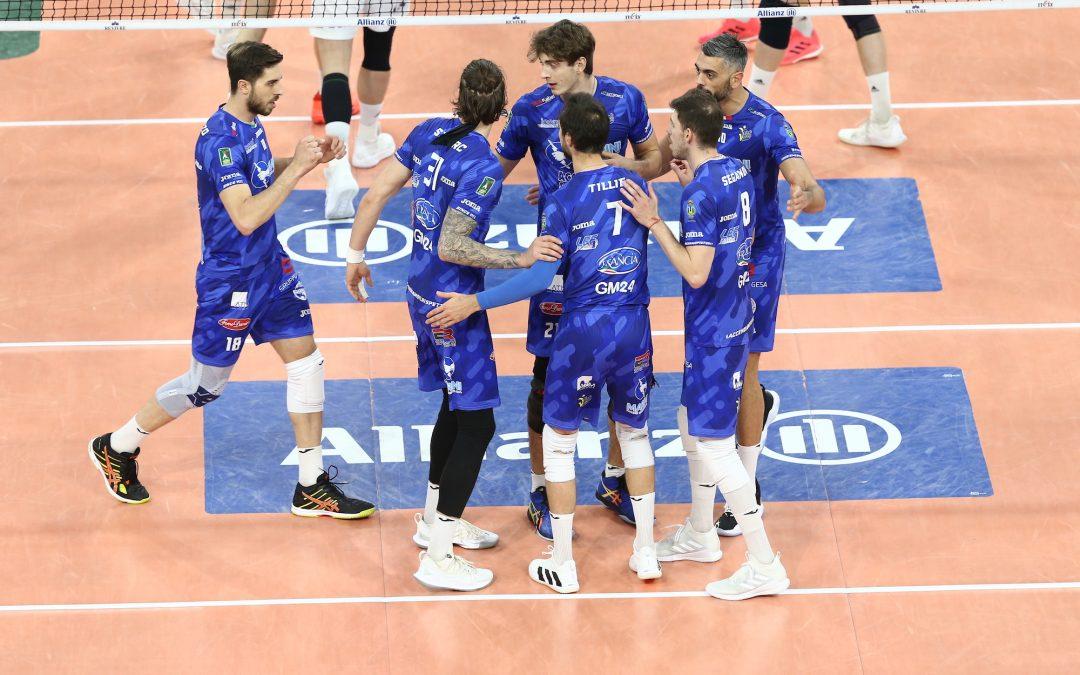 Play-off 5°posto – La Top Volley Cisterna battaglia fino al tie-break a Milano ma cede 3-2.