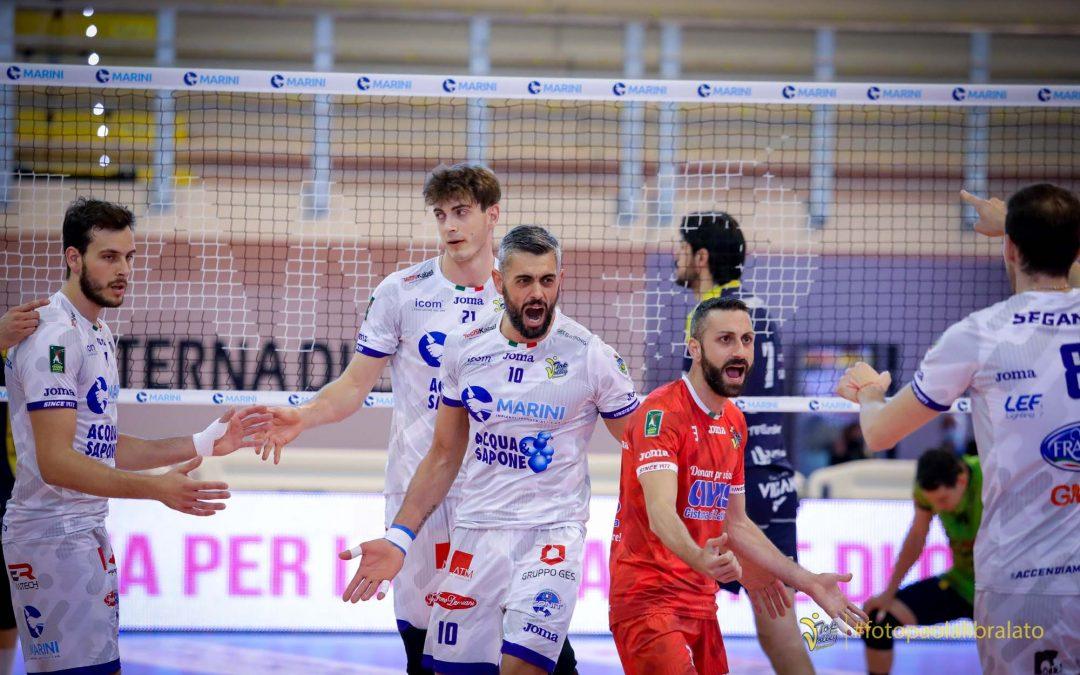 Play-off 5°posto, domani (18:00) la Top Volley Cisterna a Verona dovrà vincere e sperare. Cavaccini: «Play-off importante e ci giochiamo tutto in questa giornata»